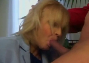 Cock-swallowing stepmother gives me a blowjob