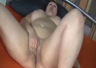 Fat mom sucks my dick in the bedroom